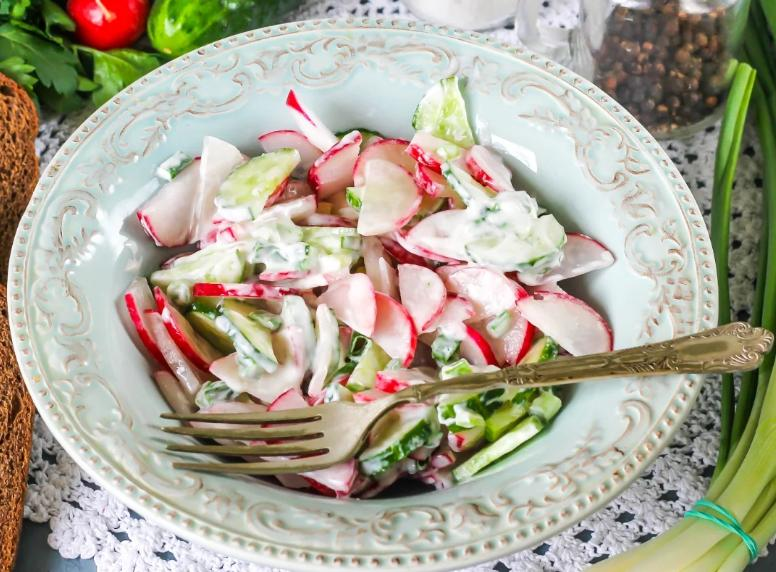 Салаты из редиски — 5 простых и вкусных рецептов